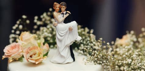 Explainer: what legal benefits do married couples have