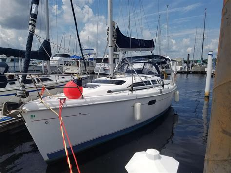 1999 Hunter 340 Sail Boat For Sale - www