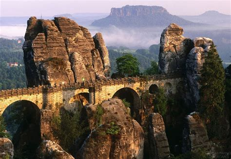 Top 12 Most Beautiful Bridges In The World - Amazing Photo