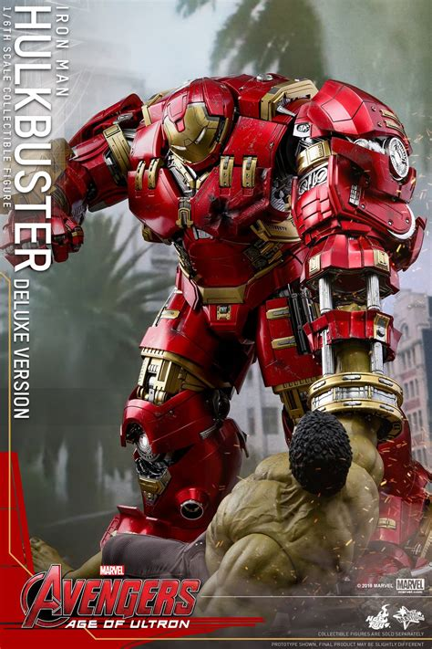 Deluxe Hot Toys Hulkbuster Iron Man Reissue & Accessories