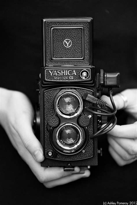 Women and Dreams: Yashica Mat 124G I