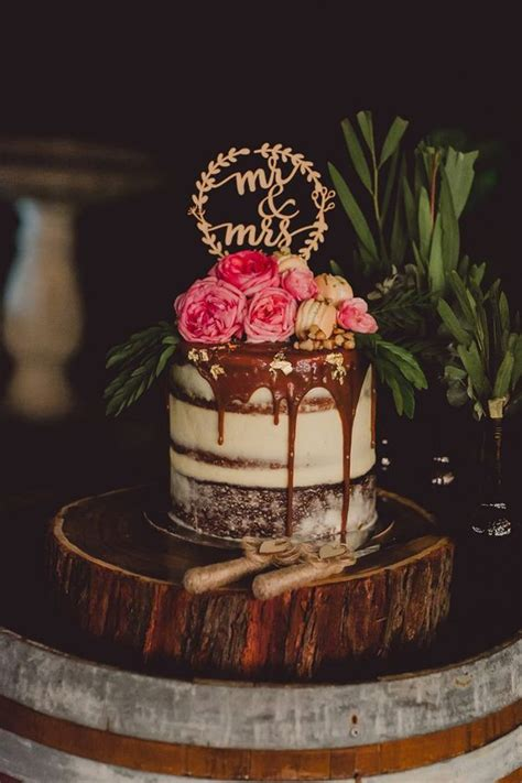 35 Semi Naked Wedding Cakes To Make A Statement